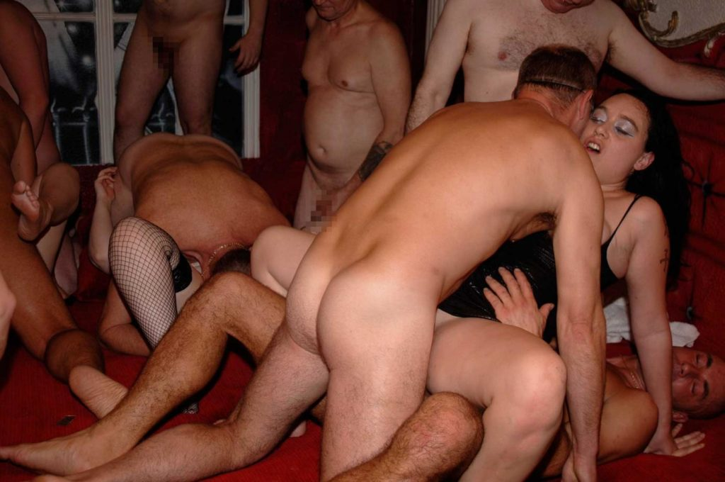 gangbang party berlin swingerclub kontakte